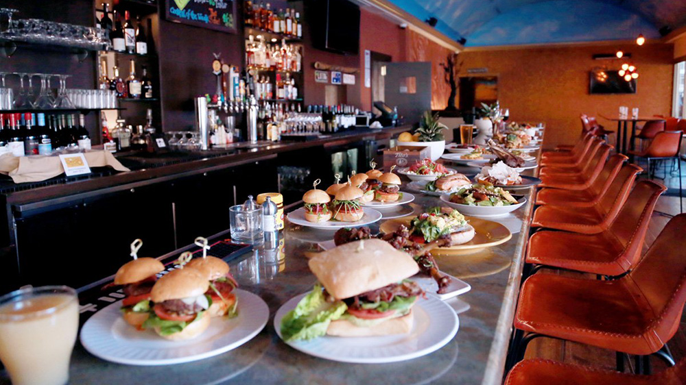 Restaurant Industry Eyes Better Business With 24*7 Shift