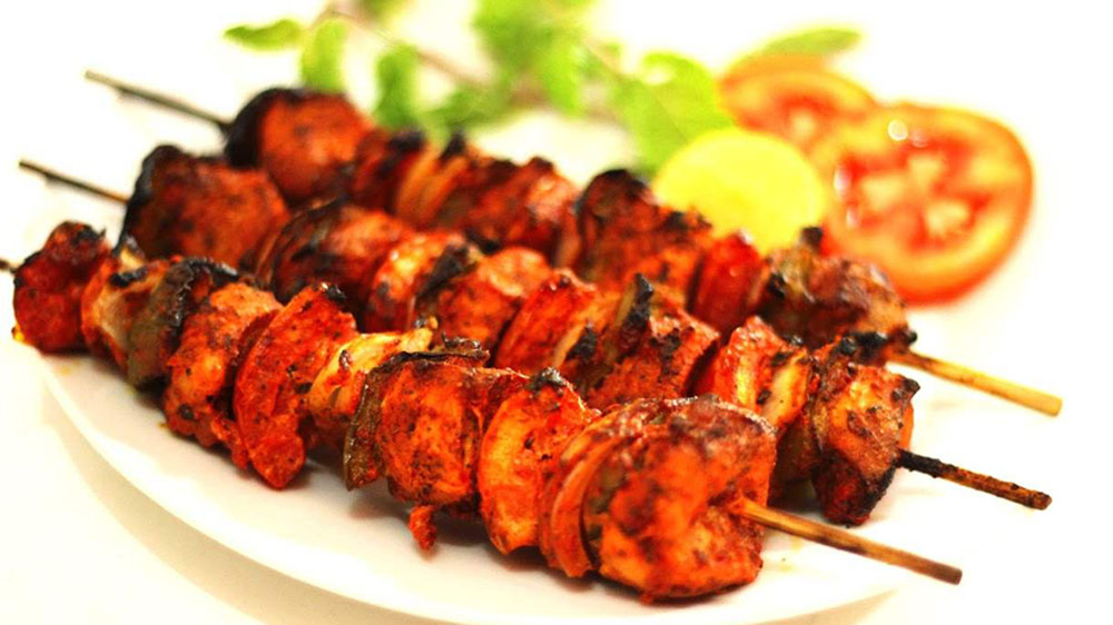 Ban On Display Of Non-Veg Food Outside Shops Is Not Rational, Says IMA