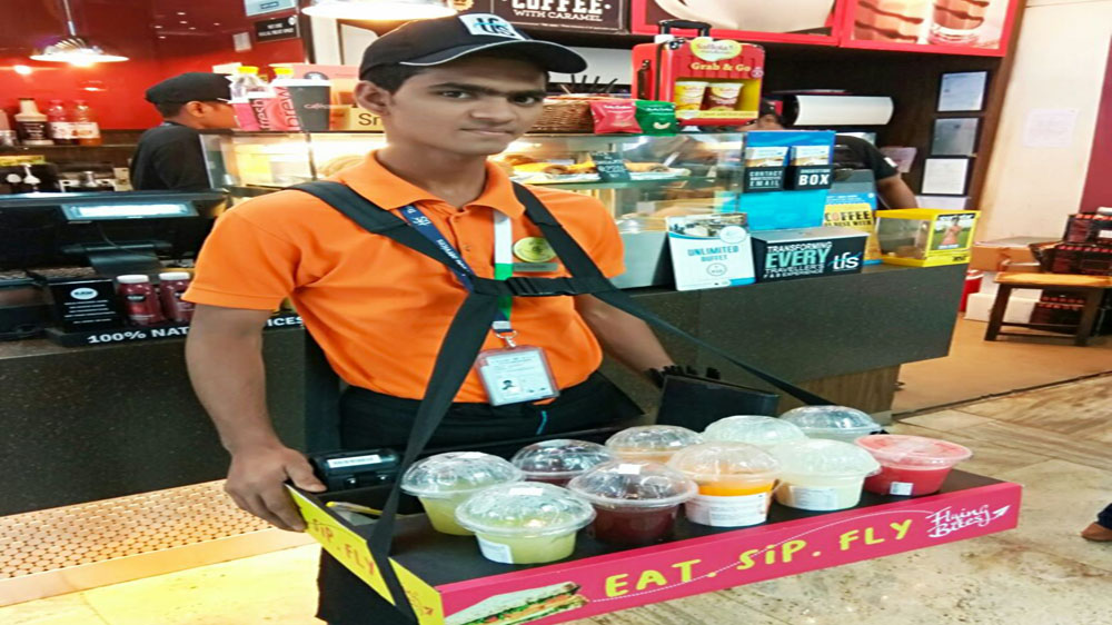 TFS Launches Vending Men 'Grab and Go' food service at Mumbai Airport Gates