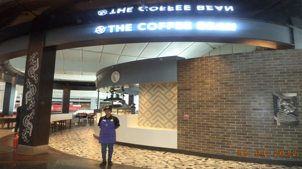 Travel Food Services opens Coffee Bean & Tea Leaf at the IGI Airport