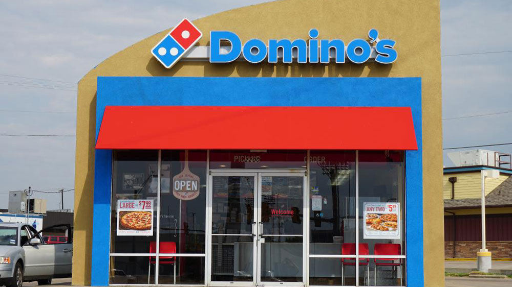 Domino's may rope in Pepsi by ending partnership with Coca-Cola in India