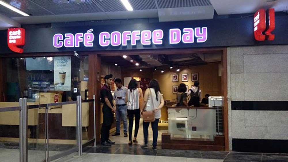 CCD partners with PowerSquare to install wireless charging spots at their cafes
