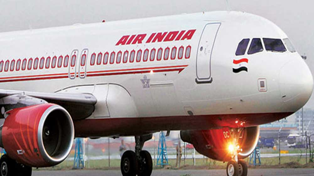 Air India begins using food stocked from India for return trips