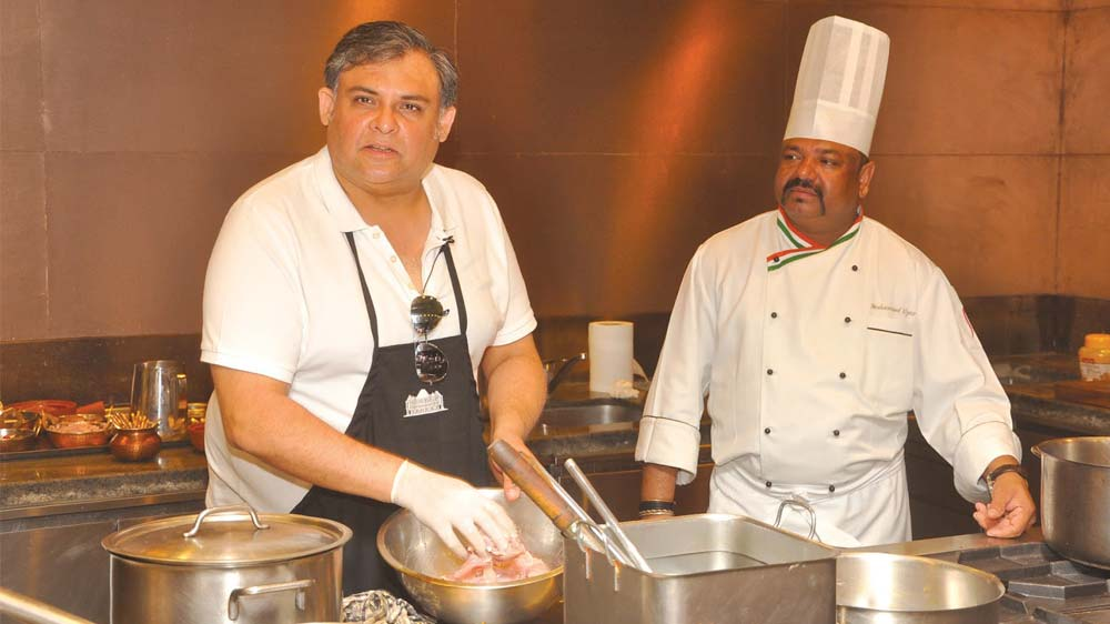 Chef Marut Sikka to serve meal at the Global Investor Summit today