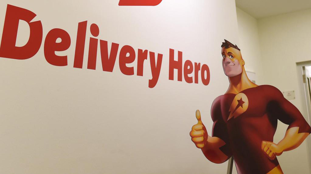 Delivery Hero debuts 5.5% above offer price at 26.90 euros