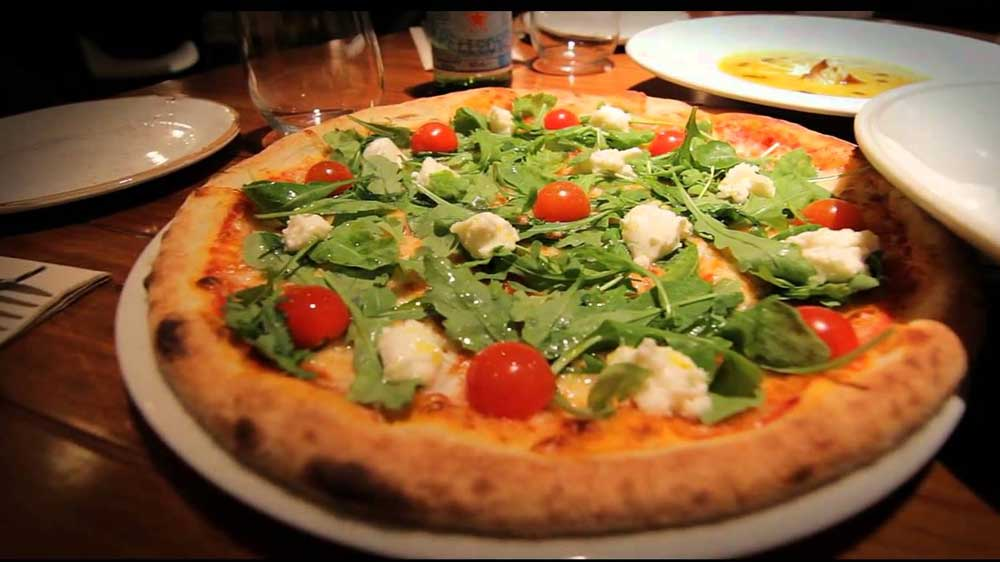 Francesco's Pizzeria launches app to order food