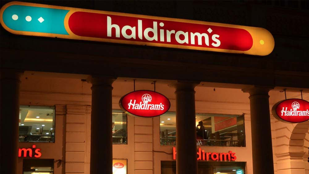 Haldiram\'s leads Indian QSR market with Rs 2,100 crore revenue