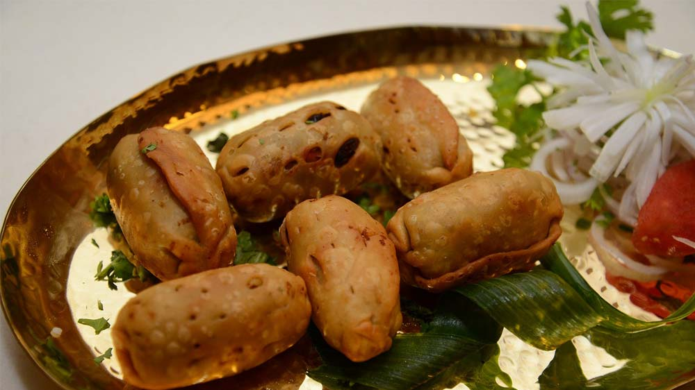 Khandani Rajdhani celebrates winter food festival