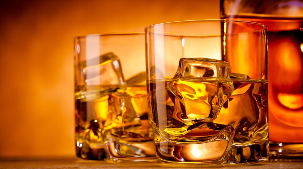 Kerala hotels with 3 stars or above can now sell liquor