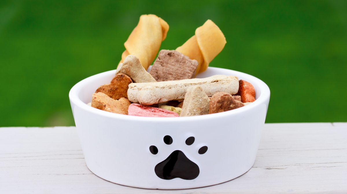 Nestle and Mars pledge to clean up pet food supply chains