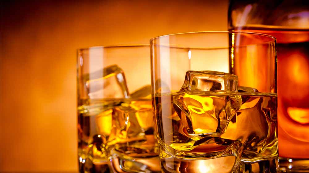 Pune Pub seized for selling illegal liquor