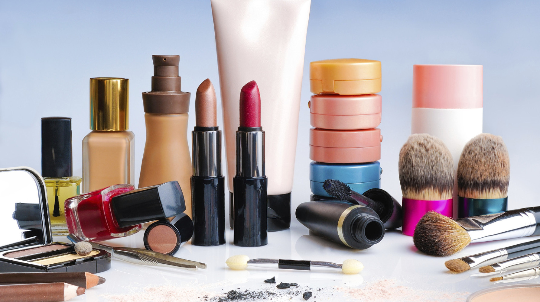 FDA busts fake cosmetic manufacturing company