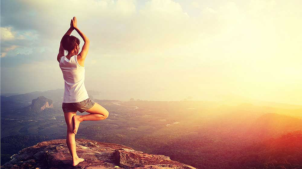 Government goes out of the way to promote Yoga, offers e-Tourist Visa