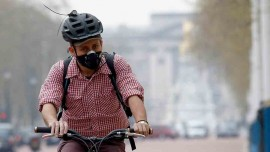 Sales of N99 anti-pollution masks, air purifiers see huge spike as smog clouds North India