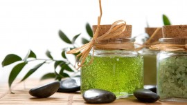 5 tips to enhance your herbal cosmetic business