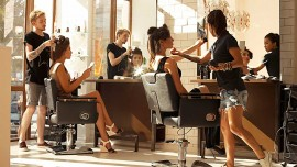 5 steps to maintain a better customer relationship at salon