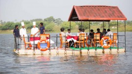 Floating restaurant Malwa Queen now operational at Regional Park, Indore