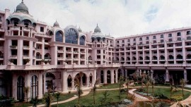 ITC Hotels tied with R P Group