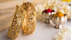 Dazzle with avenues in jewellery business
