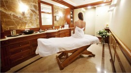 Finding it difficult to open a spa in India Make it easier with these 7 steps
